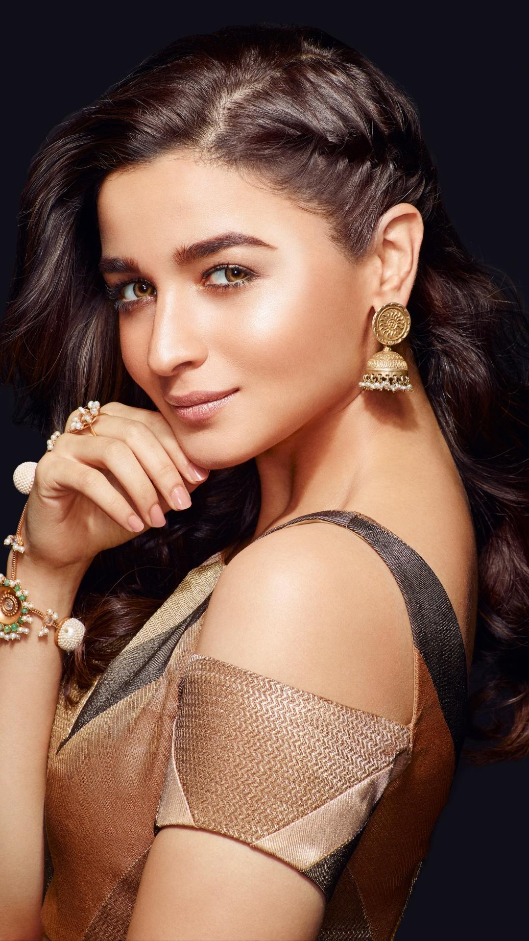 Cute Actress Alia Bhatt HD Wallpapers download