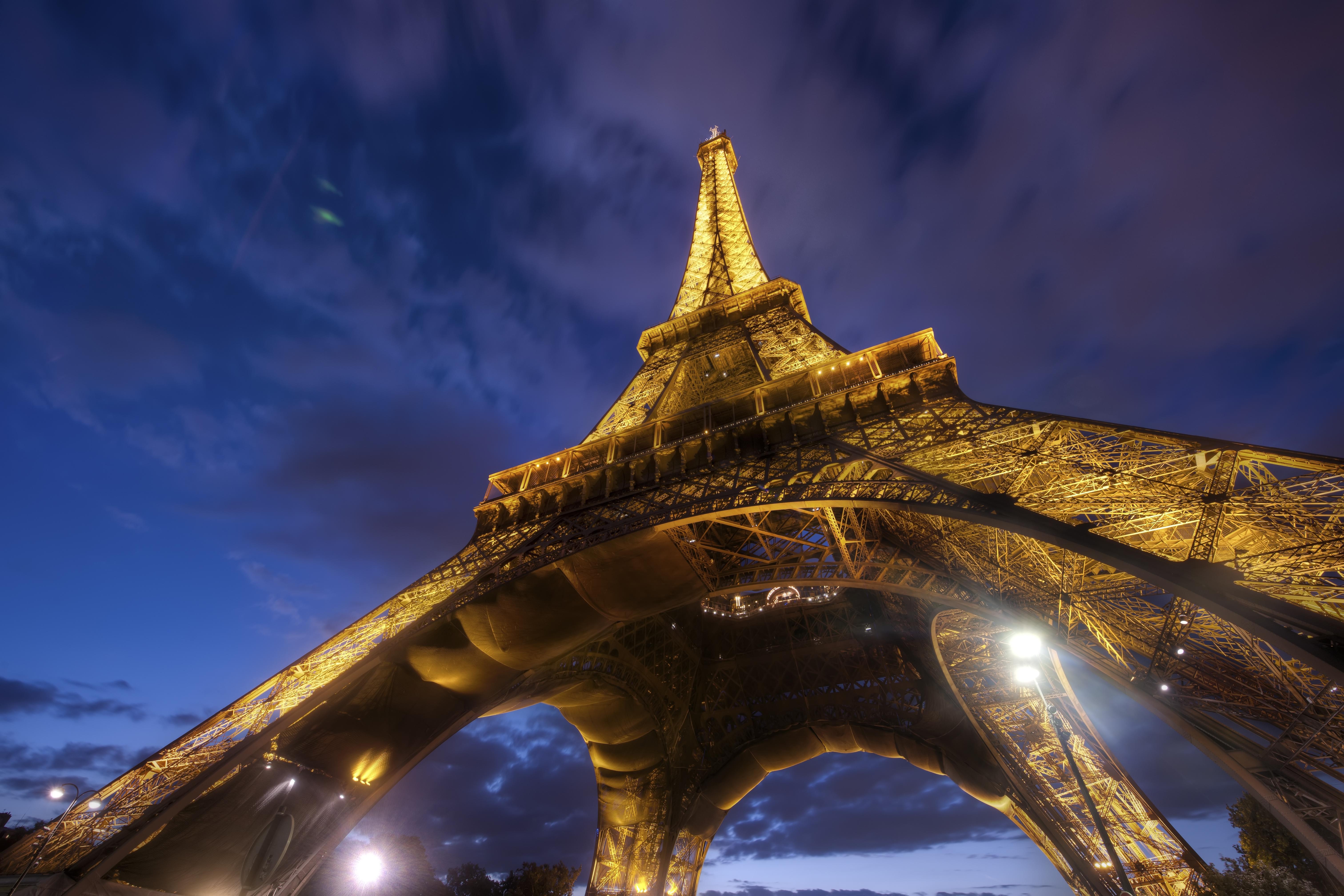 Eiffel Tower 4k Wallpaper Paris Lights Sky View Clouds Iconic Metal Structure 5k World 2135