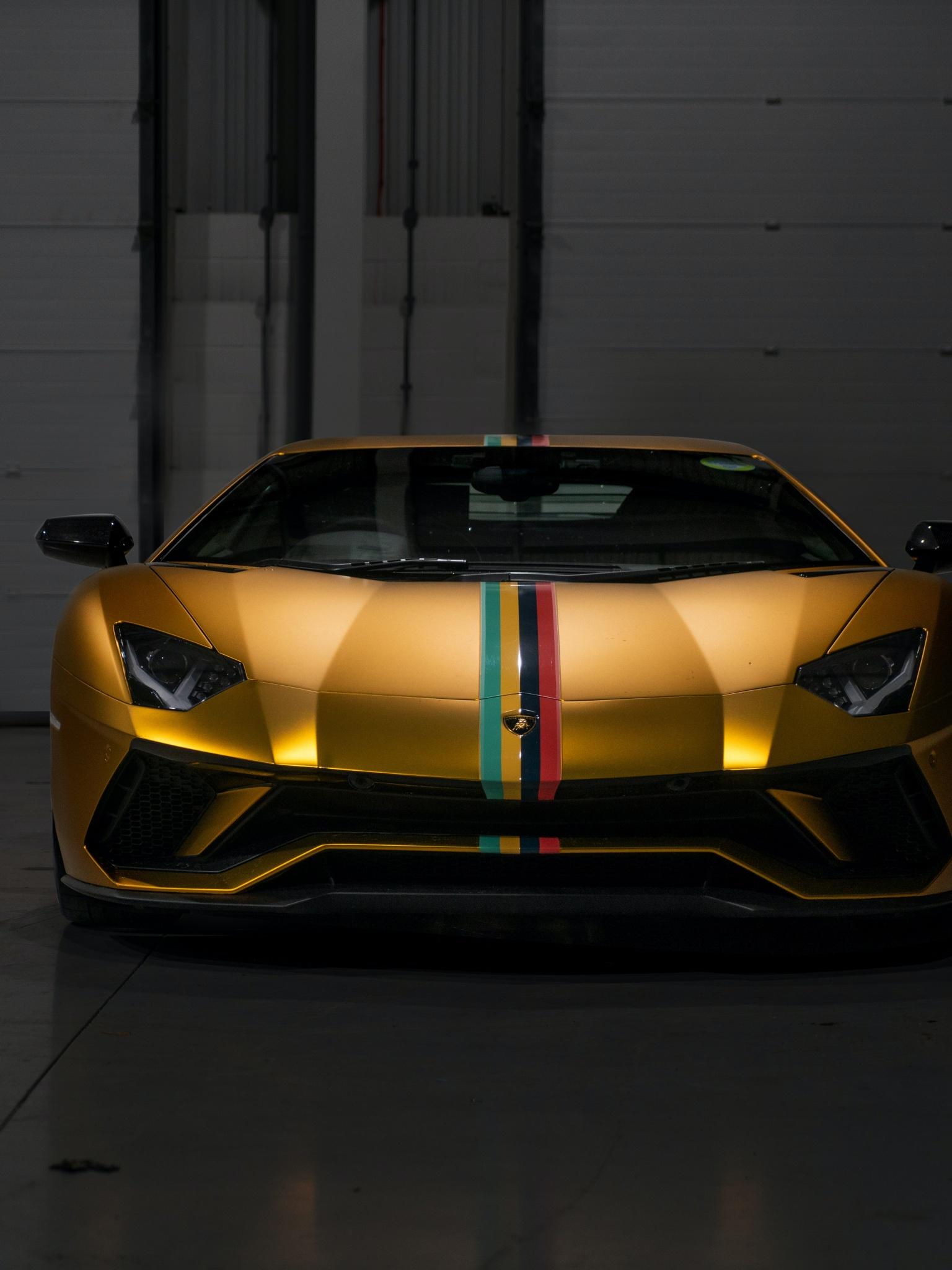 Lamborghini Aventador 4K Wallpaper, Sports cars, Golden ...