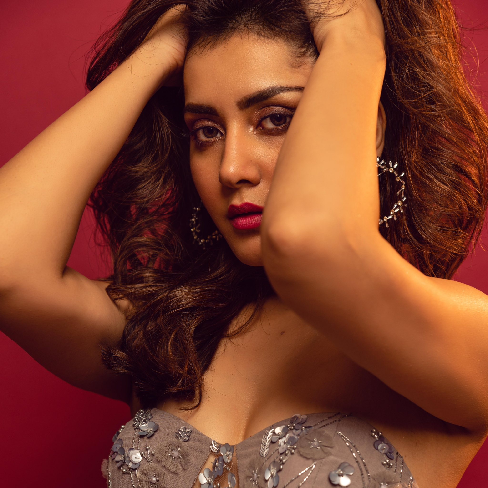 Rashi Khanna 4K Wallpaper, Telugu Actress, Hot Actress