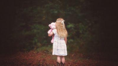 Cute Girl, Alone, Teddy bear, Autumn leaves, Foliage, Girly