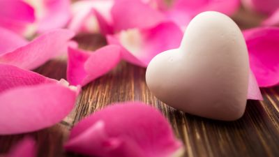 Love heart, White heart, Rose petals, Wooden background, Closeup, Bokeh, Aesthetic