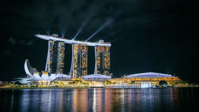 Marina Bay Sands, Hotel, Singapore, Night life, City lights, Body of Water, Reflection, Light beam, Dark, Modern architecture, Cityscape, 5K