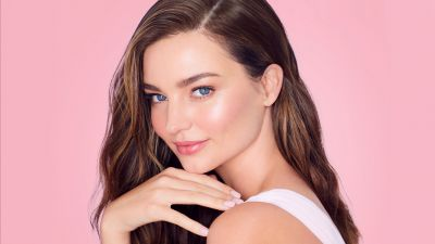 Miranda Kerr, Portrait, Beautiful model, Pink background
