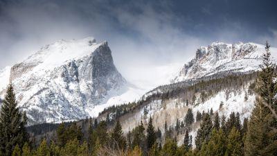 Hallett Peak, Rocky Mountains, Colorado, Mountain summit, Snow covered, Winter, Foggy, Green Trees, Landscape, 5K