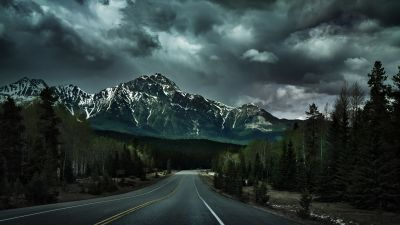 Endless Road, Canadian Rockies, Dark clouds, Stormy, Landscape, Glacier mountains, Snow covered, Green Trees, Icefields Parkway