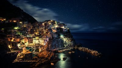 Manarola, Town, Cinque Terre, Night time, Seascape, Starry sky, Boats, Long exposure, Tourist attraction