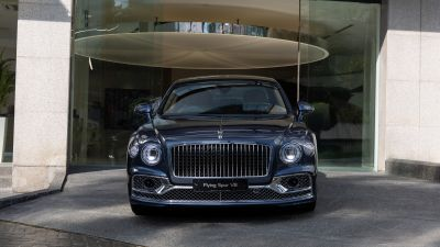 Bentley Flying Spur V8, First Edition, 2021