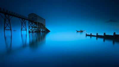 Selsey Lifeboat Station, England, Seascape, Blue background, Moonlight, Pier, Long exposure, Reflection, 5K