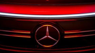 Mercedes-Benz EQA 250 AMG Line, 2021, Mercedes-Benz Logo, Three-pointed star