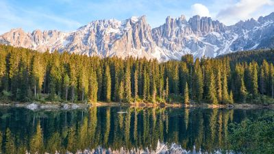 Karersee Lake, Latemar, Mountain range, Snow covered, Reflection, Green Trees, Landscape, Scenery, Woodland, Forest, 5K