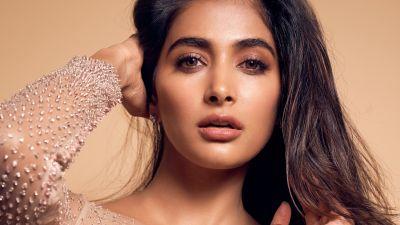 Pooja Hegde, Indian actress, Bollywood actress, Portrait, Beautiful actress