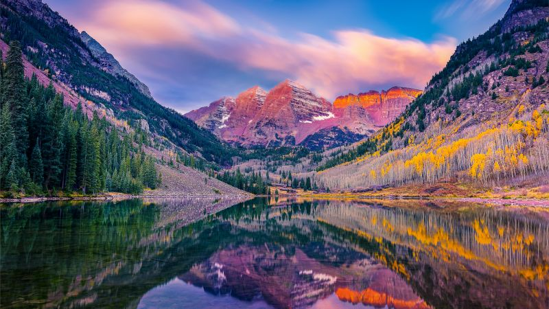 Maroon Bells, Maroon Lake, Elk Mountains, White River National Forest, Colorado, USA, Wallpaper