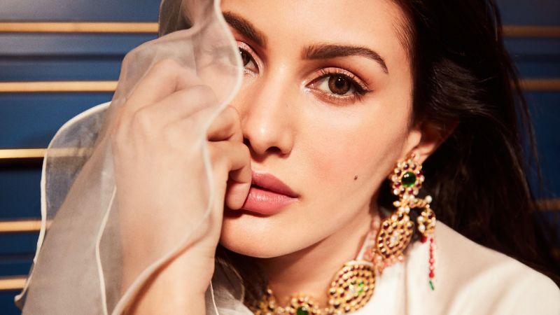 Amyra Dastur, Indian actress, Portrait, Bollywood actress, Traditional, Beautiful actress, Wallpaper