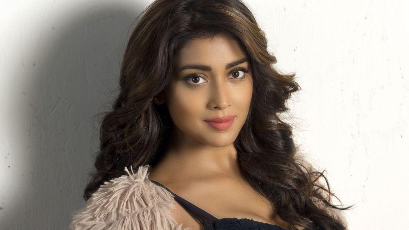 Shriya Saran, Indian actress, Beautiful actress, Telugu Actress, Wallpaper