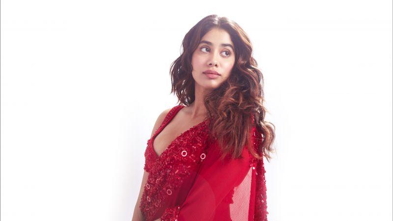 Janhvi Kapoor, Bollywood actress, Indian actress, White background, 5K, Wallpaper