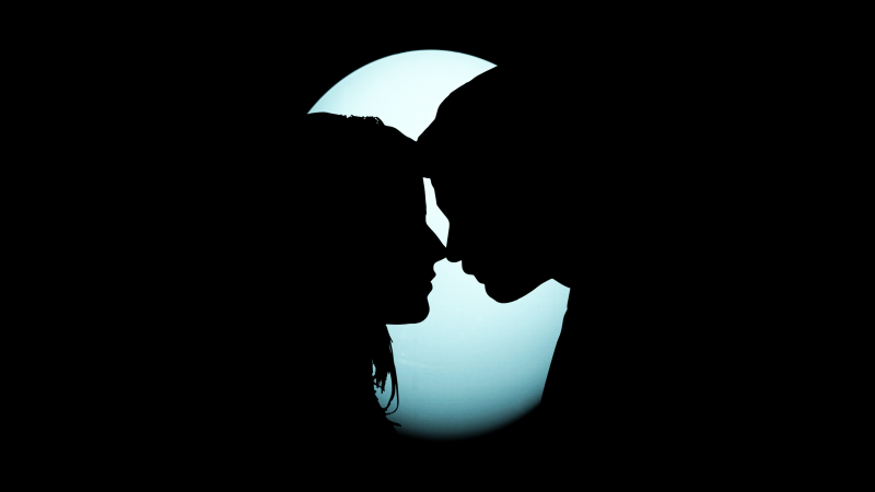 Couple, Silhouette, Together, Romantic, Moon, Black background, 5K, Wallpaper
