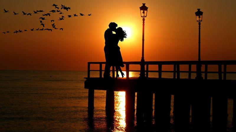 Couple, Romantic kiss, Sunset, Silhouette, Together, Orange sky, Birds, Lanterns, Sea, Reflection, Wallpaper