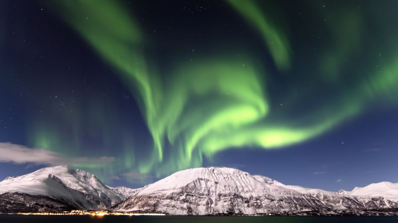 Aurora Borealis, Northern Lights, Mountains, Snow covered, Landscape, Astronomy, Stars, Night sky, Scenery, Wallpaper