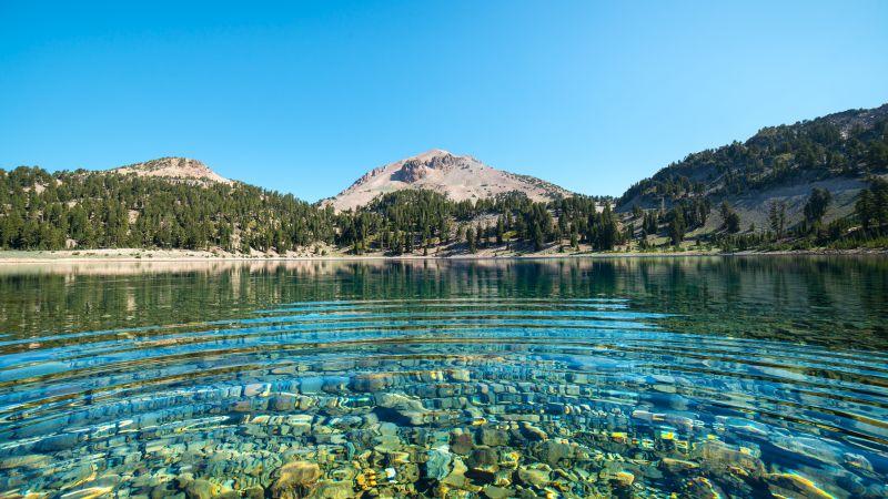 Lake Helen, Lassen National Forest, California, Mount Lassen, Volcano, Clear water, Landscape, Blue Sky, Water ripples, Stones, 5K, Wallpaper