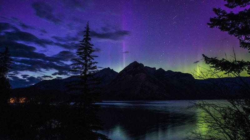 Lake Minnewanka, Banff National Park, Alberta, Canada, Aurora Borealis, Landscape, Dusk, Night time, Starry sky, Clouds, Wallpaper