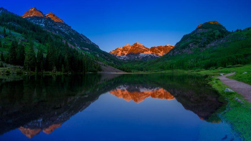 Maroon Bells, Colorado, United States, Alpenglow, Sunrise, Landscape, Alpine trees, Dawn, Maroon Lake, Reflection, Blue Sky, Clear sky, 5K, Wallpaper