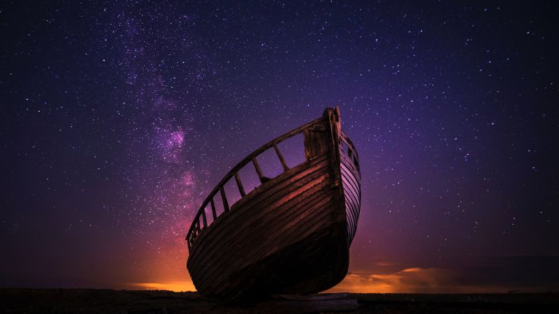 Wrecked Boat, Sailing boat, Night time, Starry sky, Milky Way, Outer space, Seashore, 5K, Wallpaper